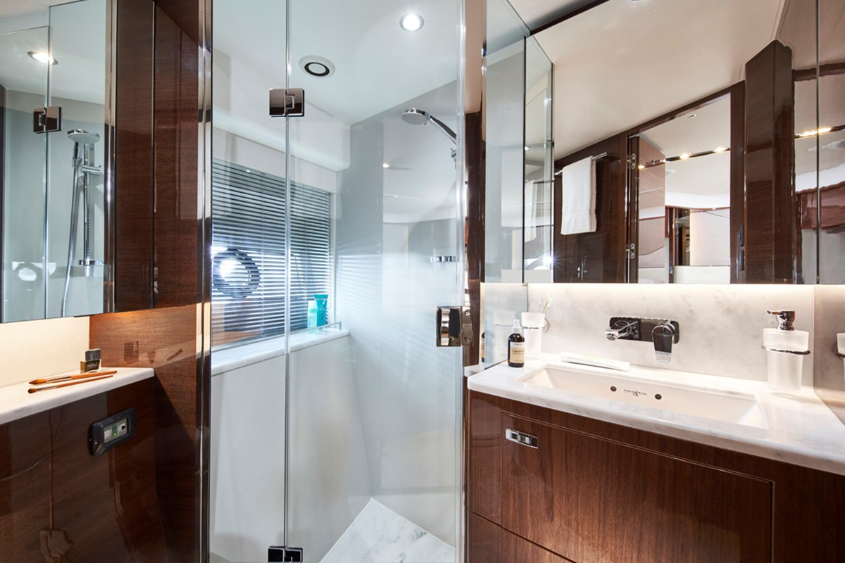 V78 Forward Bathroom 2a RT.jpg