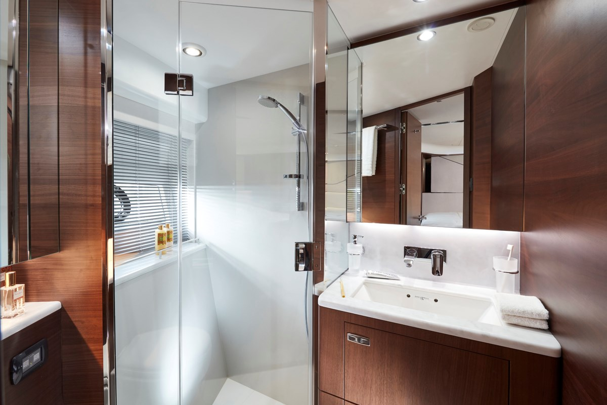 S78 Forward Bathroom 3 RT.jpg
