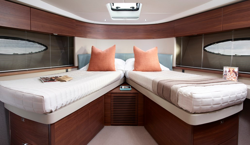 P49 Forward 3 RT.jpg