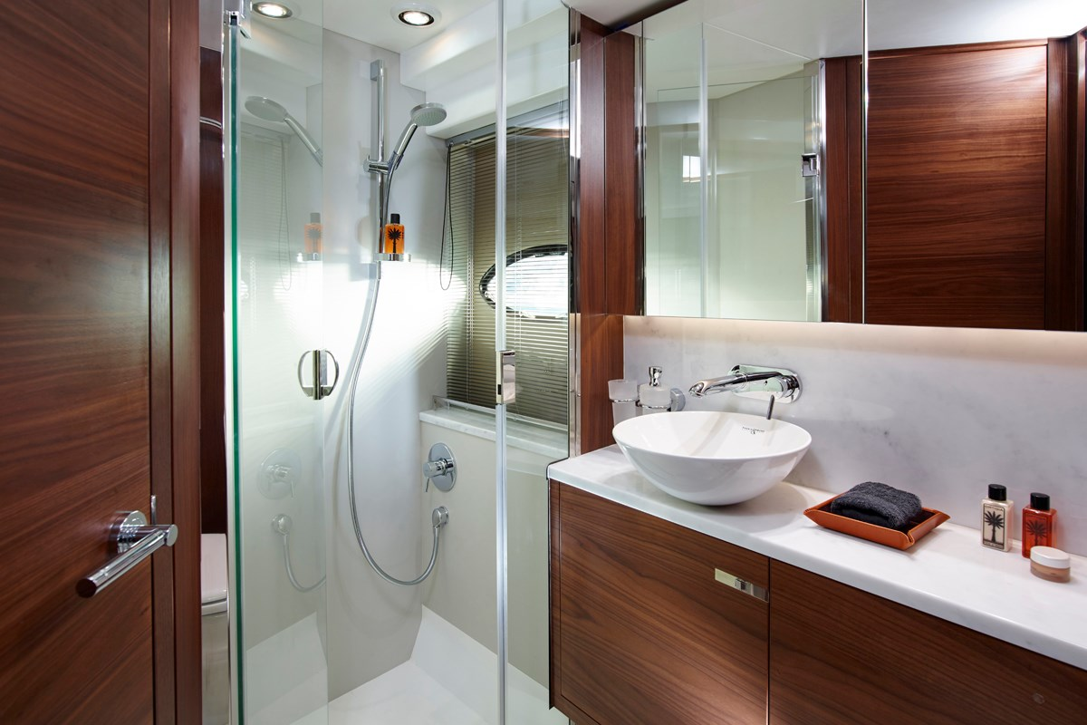 P49 Fortward Bathroom 1.jpg