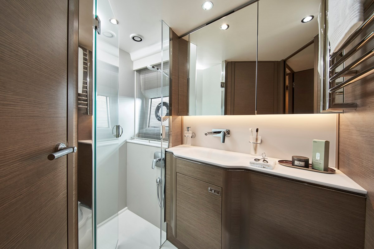 V55 Forward Guest Cabin Ensuite Bathroom.jpg