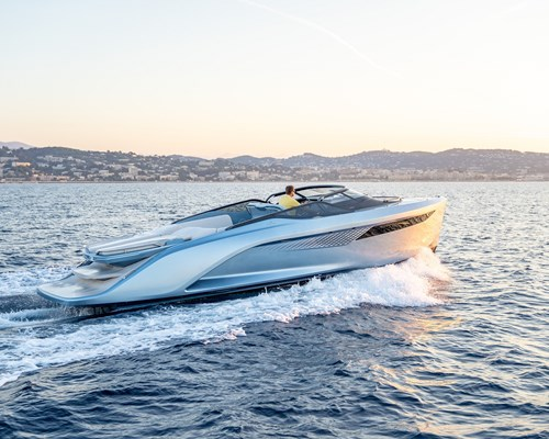 Cannes 2018 - R35 to Cannes - SL-12 LR.jpg
