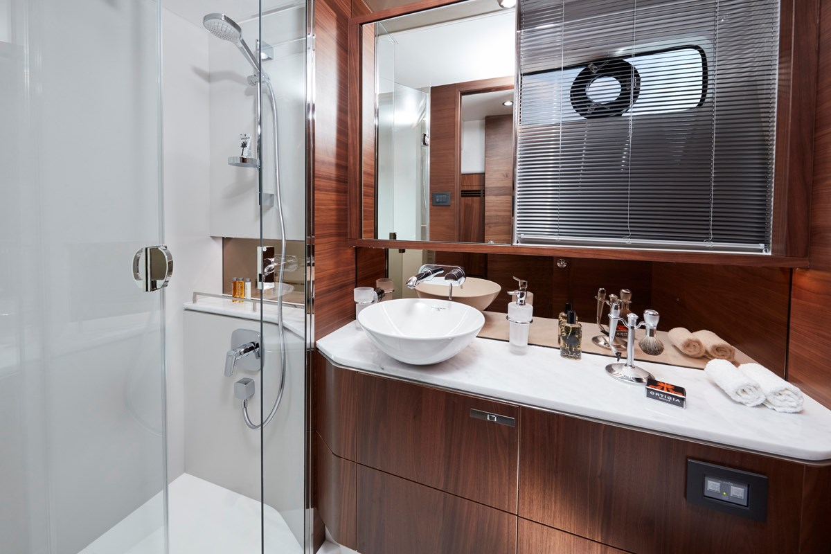 S60 Master Stateroom Bathroom 1-retouched.jpg