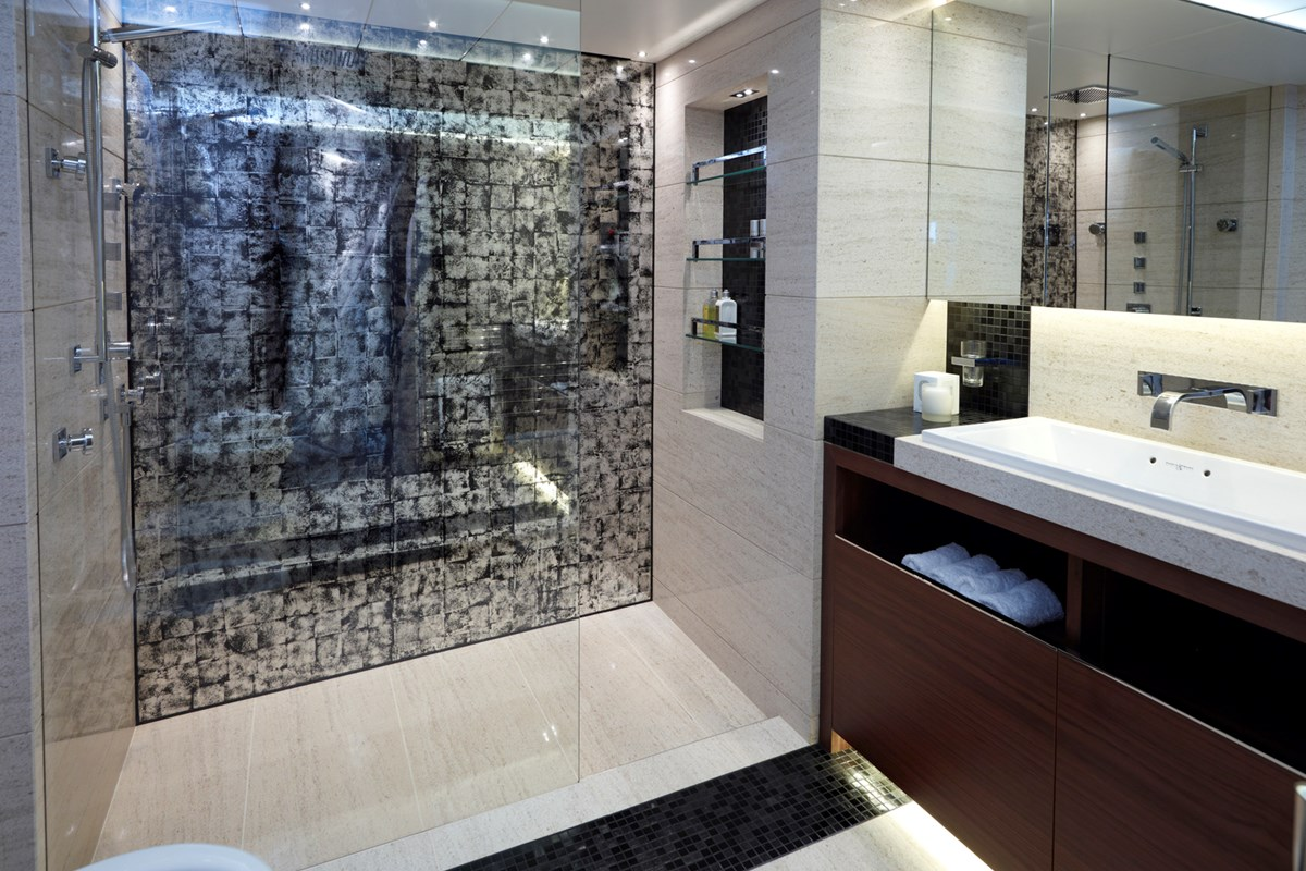 Princess 40M Master Bathroom.jpg