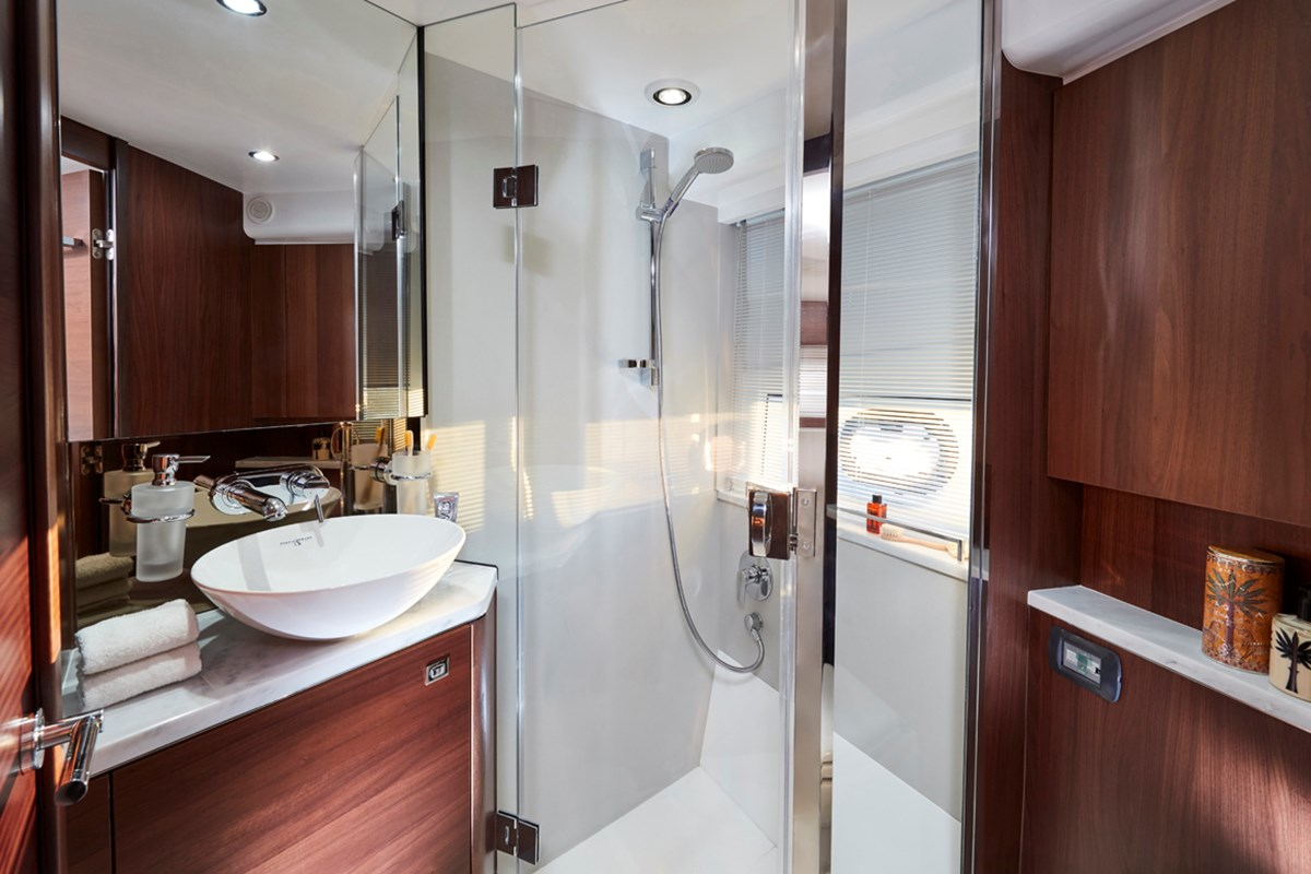 V50  Forward Bathroom 1 RT.jpg
