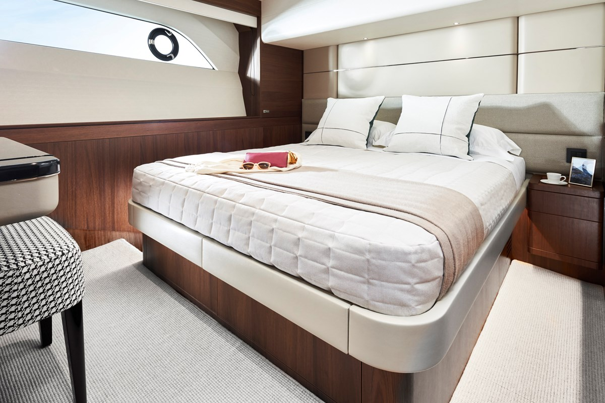 Y78 Starboard Cabin