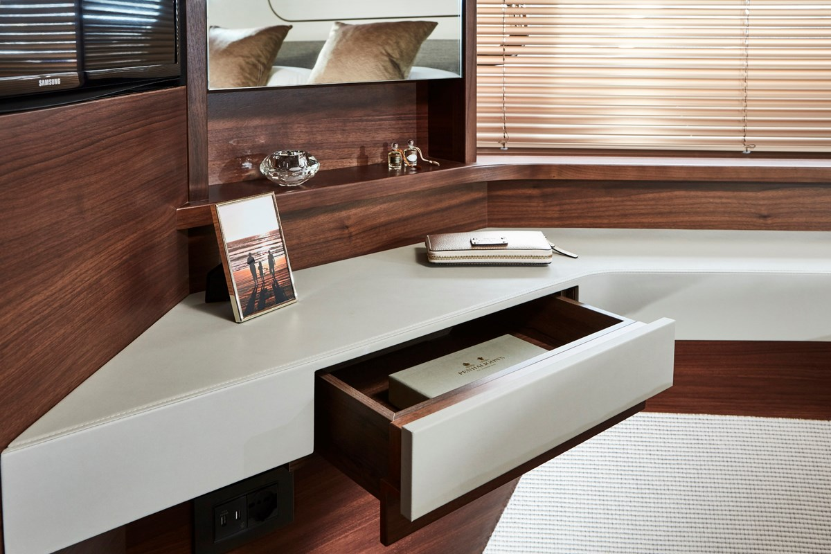 Princess 70 Forward Cabin Dressing Table RT.jpg
