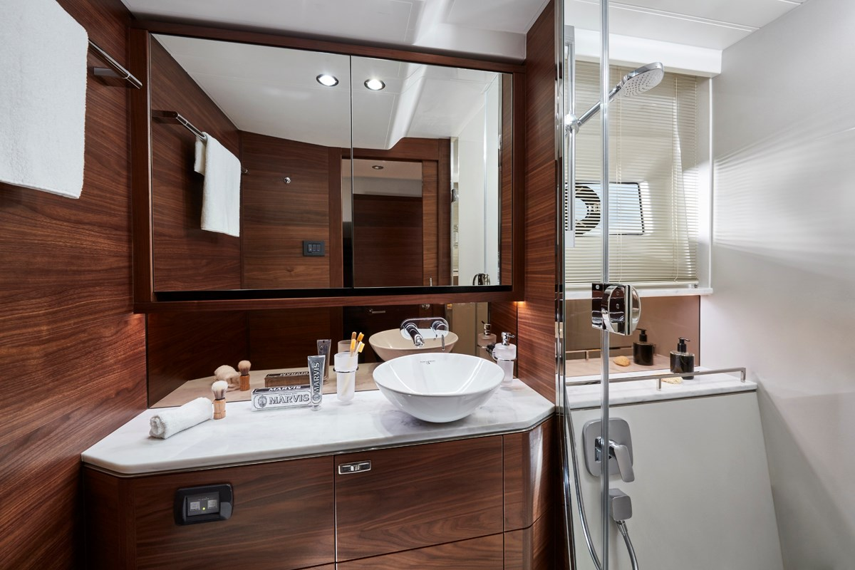 P55 Master Bathroom 5 RT.jpg