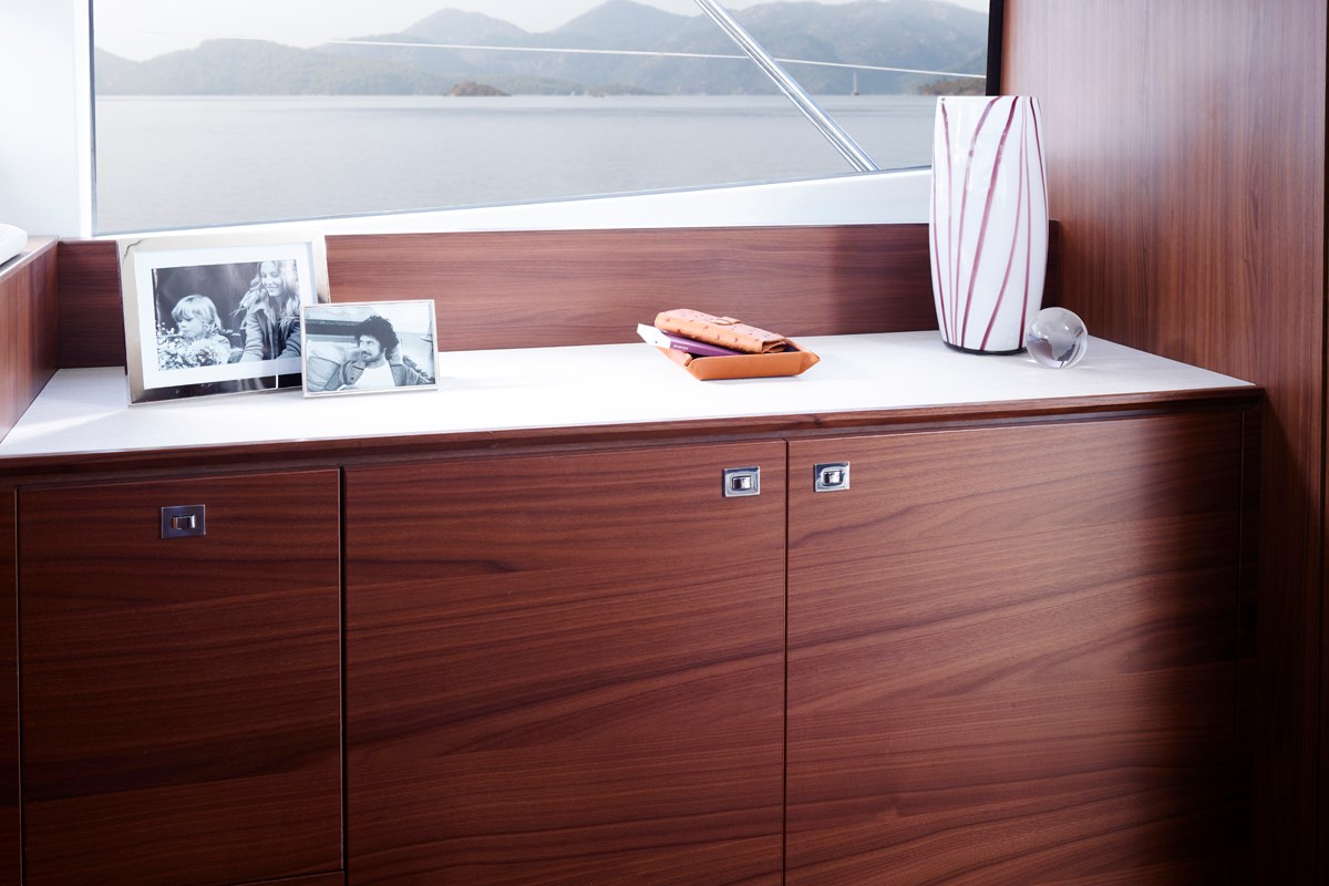 P49 Maindeck Sideboard 2 RT.jpg