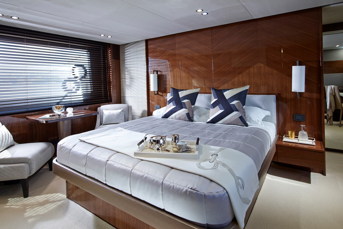 82MY Master Stateroom 1a.jpg