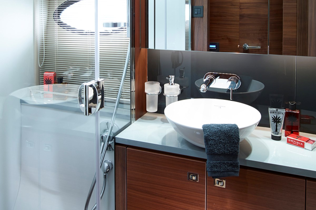 P52 Master Bathroom.jpg