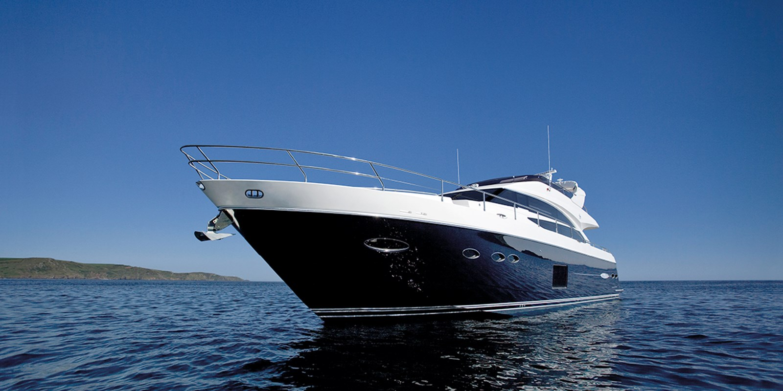 Princess72MotorYacht_Header.jpg